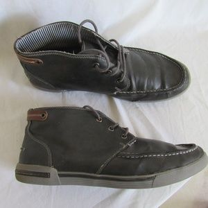 Kenneth Cole UNLISTED Gray Chuckka Boots Men's 11